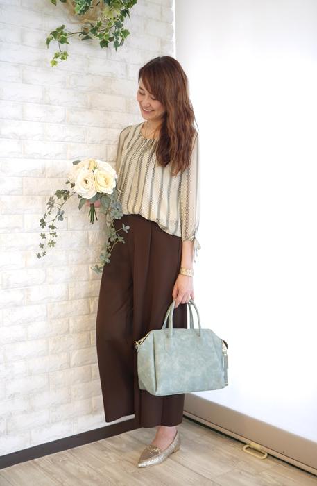 大人キレイファッションにぴったりボストン型2way軽量バッグのコーディネート