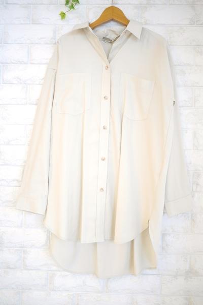 Anna Kerry(アンナケリー)ベルト付オーバーサイズシャツ、チュニック丈のアイボリー